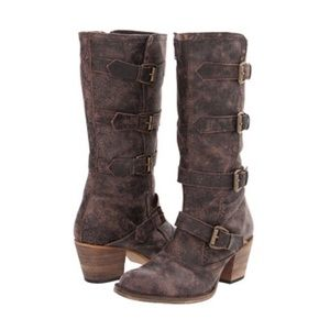 Dingo Atypical Distressed Brown Leather Boots